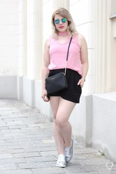 How to wear Pink – kessyandjoey.com Instagram Feed, Pink, Short Dresses, Ballet Skirt, Skirts, How To Wear, Outfits, Women, Fashion