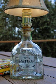 40 μαγικά φωτιστικά και κηροπήγια απο γυάλινα μπουκάλια!