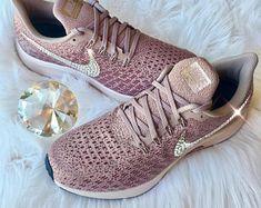 Pin de Léa Drn lifestyle en MODE !!! | Zapatillas doradas