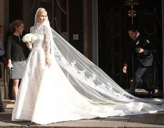 Nicky Hilton's Valentino Wedding Dress Is Absolutely Stunning. We love her lace look!