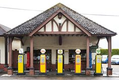 There's an innocent beauty to this #shell #bp garage at Colyford Filling Station, East Devon. Untainted by efficiency.