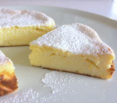 Gluten-free and fat-free ricotta pie. A cake there … – About Healthy Desserts Gluten Free Baking, Gluten Free Recipes, Ricotta Torte, Super Torte, Sem Gluten Sem Lactose, Patisserie Sans Gluten, Light Cakes, Torte Cake, Italian Desserts