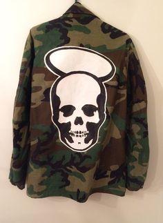 Punk Style Skull Jacket Middle Finger Size Large in Coats & Jackets | eBay #skulls #skulljacket #skullhalo #armyjackets #trends #horror #death #skullface #armyjacketfashion #cooljackets