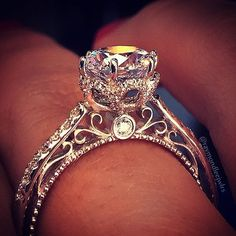 The ring shown, as well as the first one shown in the article are beautiful. #weddingring