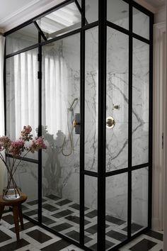 Home Interior Industrial In Good Taste: Christina Cole & Co.Home Interior Industrial In Good Taste: Christina Cole & Co Home Interior, Bathroom Interior, Interior Design, Parisian Bathroom, Zebra Bathroom, Bathroom Marble, Neutral Bathroom, Glass Bathroom, Interior Modern
