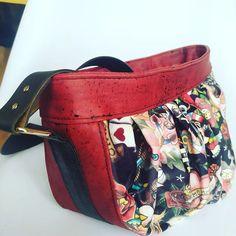 Mama Belette sur Instagram: Le dernier sorti de l'atelier Un sac Rock tout doux végan 🤘 Merci @bretzeletchataigne pour ta confiance et de m'avoir laissé carte blanche…