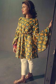 Love the sleeves Pakistani Casual Wear, Pakistani Outfits, Latest Kurti Styles, Casual Dresses, Fashion Dresses, Hijab Fashion, Short Frocks, Kurta Designs Women, Indian Party Wear