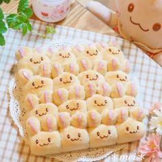 見た目も可愛くて♪大人気の「ちぎりパン」がいま進化しています♪ ついに『3Dちぎりパン』までが登場しちゃいました♥ 食べるのがもったいない!とってもキュートでアイデア満載の『3Dちぎりパン』を ご紹介させて頂きます♪ 可愛いレシピ付きです♡