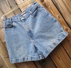 High Waisted Wide Leg Blue Denim Shorts Vintage by GussiesEmporium
