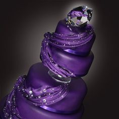 This page is dedicated to purple wedding cakes. Browse through hundreds of purple wedding cakes in order to gain inspiration for your special day. Purple Cakes, Purple Wedding Cakes, Beautiful Wedding Cakes, Gorgeous Cakes, Purple Party, Bling Wedding, Glitter Wedding, Trendy Wedding, Lace Wedding