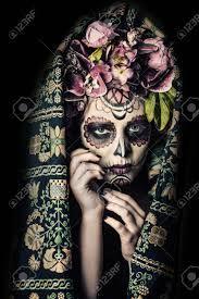 dia de los muertos la catrina – Google Søk Halloween Face Makeup, Skull, Tattoos, Character, Image, Humor, Google, Holiday, Art
