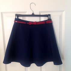 Skirt    [url]: http://www.vinted.com/sh/clothes/16467836-blue-skater-skirt-with-red-bow-belt-from-forever-21