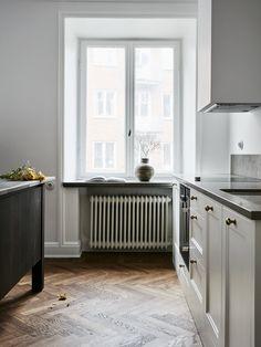 Kitchen_and_Beyond_white_10.jpg
