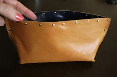 Category - Beautiful: DIY... Leather Pouch