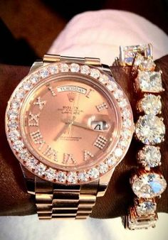 Omg I need that bracelet