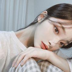 New fashion asian girl girly 16 ideas Korean Beauty Girls, Pretty Korean Girls, Cute Korean Girl, Asian Girl, Sacs Louis Vuiton, Estilo Cool, Korean Makeup Look, Chica Cool, Korean Girl Photo