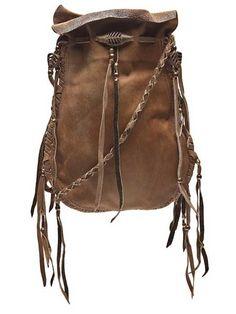 Bu yılın bohem modasına uygun sırt çantası modelleri...