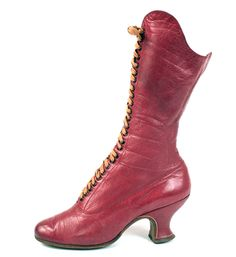 Scarlet Lace Front Boot | c. 1890.  [via: defunctfashion]