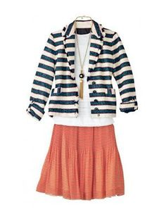 flattering skirt outfit for pear shapes