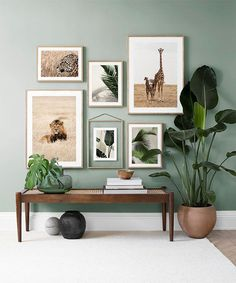 Find inspiration for creating a picture wall of posters and art prints. Endless inspiration for gallery walls and inspiring decor. Create a gallery wall with framed art from Desenio. Small Living Rooms, Home Living Room, Modern Living, Living Roon, Living Room On A Budget, Cozy Living, Cheap Home Decor, Diy Home Decor, Nature Home Decor