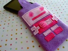 Robot Girl Case | Geek Crafts