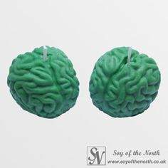 Ideal for making your Halloween truly horrific. Zombie brain soy candles in a ghoulish green colour.