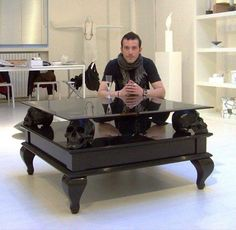 Skull Table, DIY furniture inspiration, option: use glass skulls with battery operated candies in them!Black Skull Table, DIY furniture inspiration, option: use glass skulls with battery operated candies in them! Skull Furniture, Gothic Furniture, Unique Furniture, Furniture Decor, Sweet Home, Goth Home, Skull Decor, Ideias Diy, Gothic Home Decor