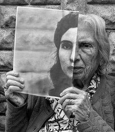 Pour rendre hommage à sa maman âgée de 91 ans, le photographe canadien Tony Luciania décidé de collaborer avec elle afin decréer une série dephotog