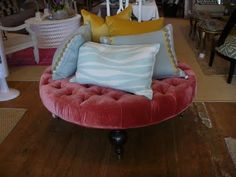 Holy hot pink, tufted ottoman!