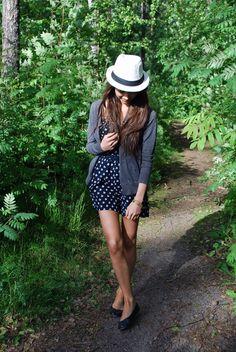 What I'd Wear - What I'd Wear (original: Mariannan)