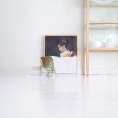 Maaike Koster (@mydeernl) | D I P P E D // The dipped girl is back in stock / visit mydeerartshop.nl #dippedgirl #artlinecollection #painting #art #wall #interior #mydeerartshop | Intagme - The Best Instagram Widget