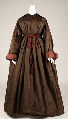 American Civil War Dress - Dressing gown Date: century Culture: American or European Civil War Fashion, 1800s Fashion, 19th Century Fashion, Victorian Fashion, Vestidos Vintage, Vintage Gowns, Vintage Outfits, Bustiers, Tea Gown