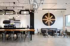 Inside Studio has designed the new offices of marketing firm Camden located in Montreal, Canada. Loft Office, Office Lounge, Office Spaces, Camden, Industrial Office Space, Industrial Style, Industrial Design, Corporate Office Design, Corporate Offices
