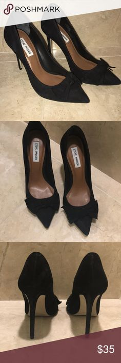 Steve Madden black suede bow pumps Cute & sexy black suede pumps with bows! Very cute on and goes with dresses or jeans. They are very tight on my feet since I had my baby so want to sell. Only worn twice!  I'm almost perfect condition with very little signs of wear on the suede. Steve Madden Shoes Heels