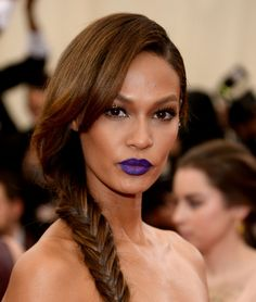 Joan Smalls hair and makeup look from the red carpet at the Met Ball.  What do you think? And that purple lip? Do you like?  #Makeup #Beauty #MetBall