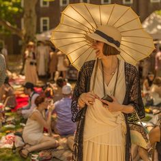 2015+jazz+age+lawn+party+new+york+fashion                                                                                                                                                      More