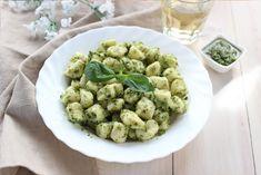 Infine li consiglio con un classico pesto alla genovese. Chorizo, Ricotta Gnocchi, Pesto, Cauliflower, Homemade, Mani, Vegetables, Italy, Recipe