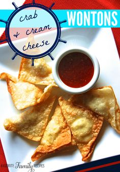 These wontons are so tasty... a great appetizer for parties! #wontons #creamcheesewontons