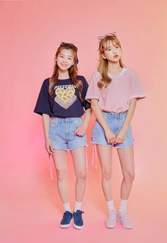 Korean Fashion Trends you can Steal – Designer Fashion Tips Kawaii Fashion, Cute Fashion, Look Fashion, Teen Fashion, Fashion Outfits, Womens Fashion, Fashion Tips, Fashion Design, Korean Fashion Trends