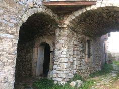 Τζουαννιάνικα, η γοητεία της πέτρας – Ελένη Χάρου