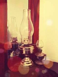 Once upon a time in India...Vintage nickel coated iron handmade single wick cold blast Chimney lamps were the sole light source in every household . . . Now on Sale Kindly DM for price and details . . . For similar collectibles visit our fb shop *link in bio . . . #indiantiquest #antiqueshop #collectibles #brass #copper #bronze #vintage #antique #classic #historic #wooddecor #indian #interiordecor #homedecor #antiquedecor #artdeco #curio #cultural #handicrafts #nostalgia #kitchenvessels…