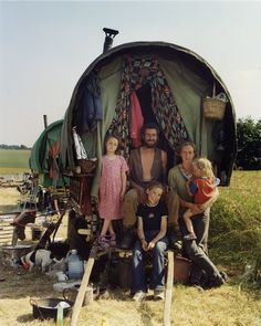Would love to have one of these old gypsy caravans in my backyard one day. Fix it up and camp out in it every now and then.