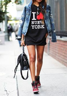 expressive graphic tees, wedges senakers, denim jacket. You absolutely COOL!