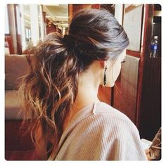 Una cola diferente + Batiste = mucho volumen!! ❤ #batistedryshampoo #batistepanama #batistehair #hair #haircare #hairstlyes #ponytail #love #panama #panamacity #pty #tryitdry