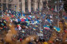 UKRA-FASCHISTISCHER ABGEORDNETER GIBT IM UKRAINISCHEN TV ZU - WER GENAU MIT DEM BLUTIGEN KRIEG IM DONBASS BEGANN !!! Der ukra-faschistische Abgeordnete.....