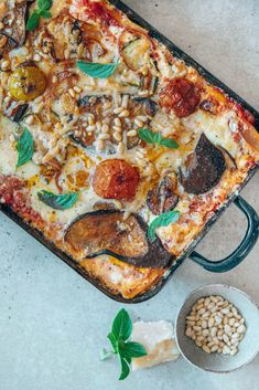 Pepperoni, Gazpacho, Vegetable Pizza, Vegetables, Food, Vegetarian Recipes, Lasagna, Roast, Souffle Dish