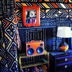 Décoration sélectionnée par CéWax. Meubles, vaisselles, lampes en tissu wax africain. Retrouvez tous les articles sur la mode afro sur le blog: www.cewax.fr