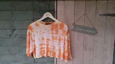 Women's baggy tee crop top. Orange & yellow. Size 8