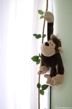 macaco pelucia enfeite