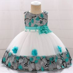 Infant Baby Girl Dress Lace Tulle Baptism Dresses for Girls Year Birthday Beading Appliqued Party Wedding Baby Clothing 1 Girls Baptism Dress, Baby Girl Party Dresses, Toddler Girl Dresses, Little Girl Dresses, Girls Dresses, Baby Summer Dresses, Summer Baby, Baby Dress, Casual Dresses